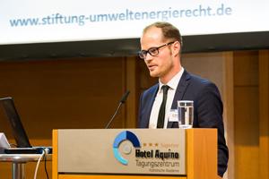 Dr. Markus Kahles bei einem Vortrag zum EU-Energie-Winterpaket Ende 2016