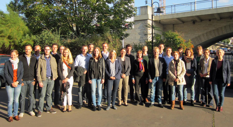 Die Teilnehmer des 2. Treffens des Doktorandennetzwerks vor der Führung durch das Heizkraftwerk der Stadtwerke Würzburg (WVV)