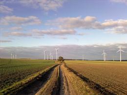 Das von der LAI vorgeschlagene Interimsverfahren zur Berechnung der Schallemissionen von Windenergieanlagen wirft bei der Planung von Windflächen viele Fragen auf und führt zu Rechtsunsicherheiten.